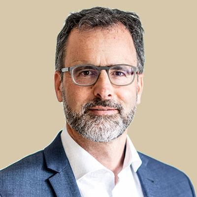 Adrian Moos Lawyer in Baar