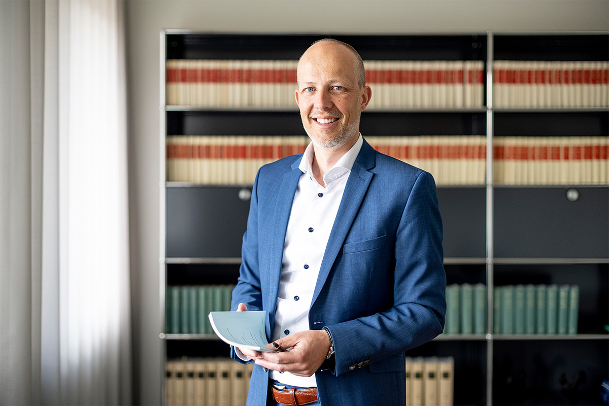 Alexander Eckenstein Lawyer Notary in Zug Baar